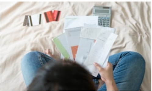 How to Manage Your Credit Cards?